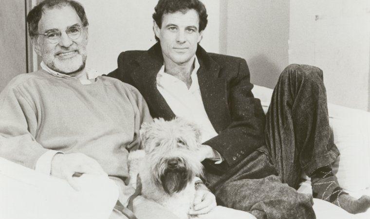 AIDS-aktivisti ja näytelmäkirjailija Larry Kramer on kuollut