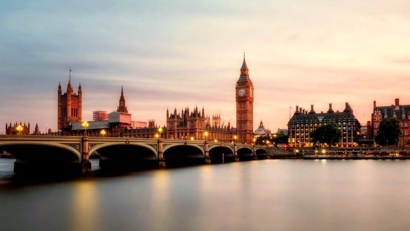 Yhdistynyt kuningaskunta aikoo kieltää eheytysterapiat
