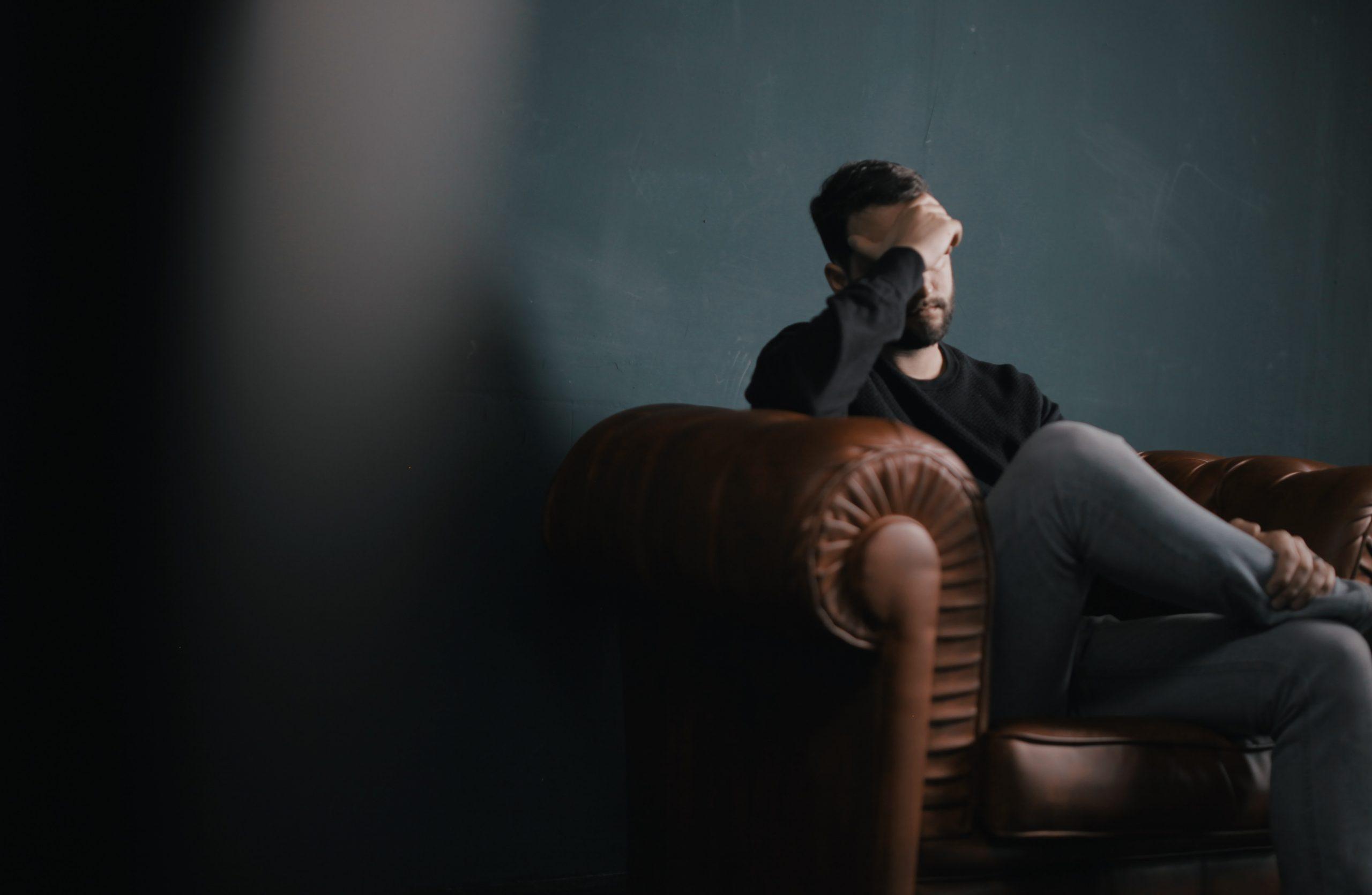 Suomen Psykologiliitto: Eheytyshoidot epäeettisiä ja haitallisia