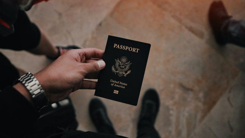 Yhdysvallat esittää sukupuolen itsemääräämisoikeutta sekä kolmannen sukupuolen lisäämistä passeihin