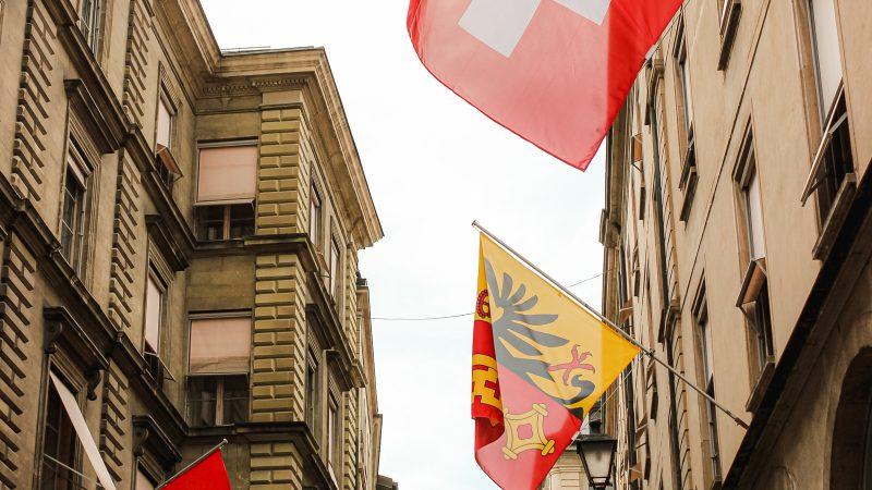 Sveitsiin tasa-arvoinen avioliittolaki kansanäänestyksen murskaenemmistöllä