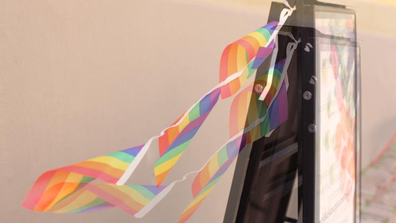 Suomalainen queer-yhteisö valitsi vuoden parhaat teokset ja merkittävimmät toimijat Queer Gaalassa